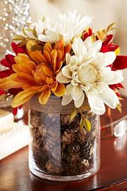 Either you need a decor idea for the holidays or for an upcoming party or  wedding, the easiest way to do a decor is with vases. But just plain vases  filled