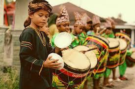 Tifa berasal dari daerah ? 8 Alat Musik Tradisional Minangkabau Yang Perlu Kamu Tahu