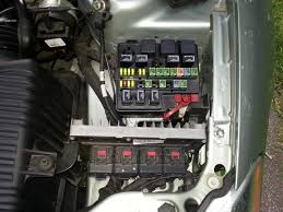 electric fan relay location chrysler forum chrysler enthusiast i m not following you on the outboard ones here s my pdc which are the two outboard ones