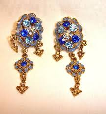 to expand chandelier earrings blue crystal and rhinestone clip on earrings vintage shoulder duster rhinestone