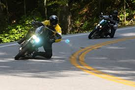buell motorcycle forum what hid headlights do i use i am running twin hids an 8500k high beam and a 3500k super yellow low beam for fog and have since relocated the ballasts to the space under the inner