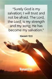 Segala perkara dapat kutanggung di dalam dia yang memberi kekuatan kepadaku. 15 Ayat Alkitab Motivasi Dalam Bahasa Inggris Beserta Artinya Kristiani News