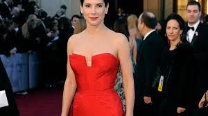 Mulheres que usam vermelho seduzem mais os homens compare e opine.