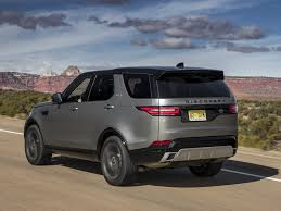 2018 land rover discovery. perfect land photo gallery of the 2018 land rover discovery review for land rover discovery e