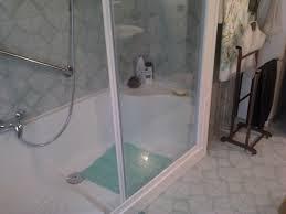 Disegno Bagni vasca bagno prezzi : Trasformazione vasca da bagno in doccia a prezzi economici con ...