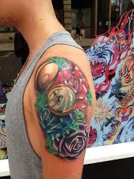 тату компас что означает у мужчин девушек в тюрьме татуировка