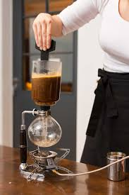 Balance vacuum coffee makers work slightly differently in that both parts are horizontally connected via a tube. 5 Best Vacuum Coffee Makers Of 2021 Siphon Coffee Maker Reviews