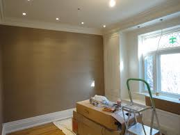 crown molding lighting. Brown Vinyl Grasscloth Paint 2015 Wallpaper With Crown Molding And Recessed Lighting