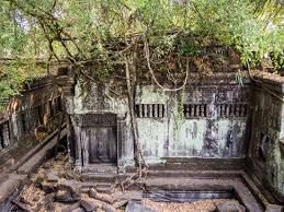angkor s jungle temple beng mealea a photo essay beng mealea jungle temple at angkor