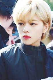 Twice Jeongyeon Kpop Girlgroups2019 金髪 メイクジョンヨン