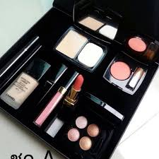 9 in 1 chanel make up set with box free paper bag
