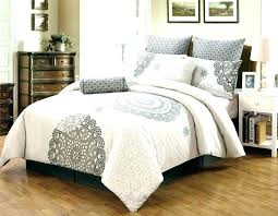 oversized king quilts king quilt sets full size of oversized king comforter sets quilt cal down