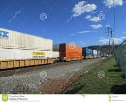 Jb Hunt Intermodal Rail Road Cars With Intermodal Containers Of Csx Jb Hunt