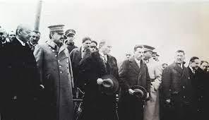 Atatürk Ankara'da bir törende, 1926. Refik Saydam, Fevzi Çakmak ve Kazım  Özalp – MustafaKemâlim