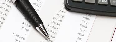 life insurance quote budget calculator and a pen