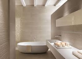Badezimmer Modern Fliesen Hell Dekoideen Bad Selber Machen