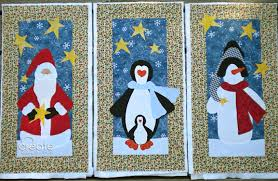 Weekend WIP: A Trio of Christmas Quilt Wall Hangings » 2Create in ... & It ... Adamdwight.com