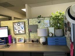 office cubicle decor ideas. Office:Office Design 25 Cubicle Workspace Decorating Ideas Also With Delectable Picture Decor Smart And Office