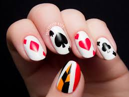 12 Interesting Card Nail Designs | Queens, Vegas nails and Costumes