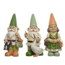 set of 3 large themed garden gnomes ideal gift