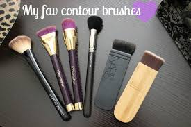 contour brush types of makeup brushes every beginner should own