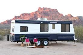 Diy travel trailer Amazing Camper Makeover How To Repaint The Exterior This Cool Travel Trailer Netsportsclub Camper Makeover How To Repaint Travel Trailer