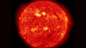 Powerful solar storm approaching Earth ...
