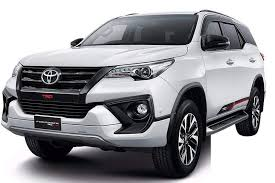 Image result for foto toyota land fortuner trd 2017