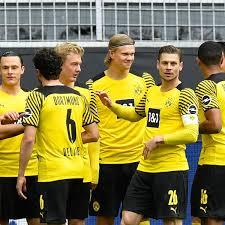 Bvb home replica men's jersey. Bvb Streichliste Mit Acht Spielern Soll Dortmunds Transfers Vorantreiben Bvb 09