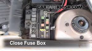 replace a fuse 2000 2005 dodge neon 2001 dodge neon 2 0l 4 cyl 2002 dodge neon fuse box location 6 replace cover secure the cover and test component