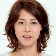 松嶋菜々子 ナチュラルパーマボブ40代 髪型 若く見える40代が