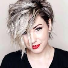 10 Nové Krátké účesy Pro Husté Vlasy 2018 ženy účes Nápady
