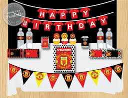 Man Utd Bedroom Accessories 17 Best Ideas About Manchester United Gifts On Pinterest