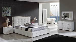 white leather bed queen w
