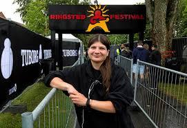 Mød en festivalmedarbejder: Kaylee klarer koordineringen - sn.dk - Ringsted