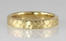 Hand Engraved Band In 18kt Yellow Gold 4mm