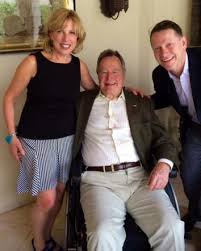 george h w bush groped me during a photo op  171026 xx ghwbush2014 full