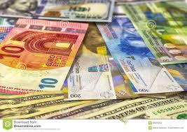 Dollari Americani Del Fondo Dei Soldi, Euro E Franco Svizzero Fotografia  Stock - Immagine di europa, percorso: 88355032