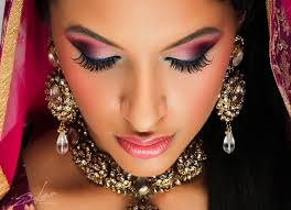 indian bridal wedding makeup look bollywood makeup gold red golden eye makeup for indian bridal you