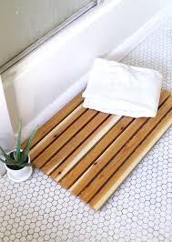 18 diy bath mat
