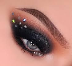 black smokey eyes makeup 6