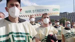 Ein experte warnt deshalb nun reisende und pendler vor einer gesundheitsgefahr. Deutsche Bahn Lokfuhrergewerkschaft Gdl Halt Weiteren Bahnstreik Fur Moglich