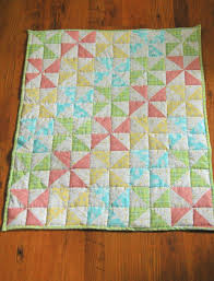 Striped Pinwheel Baby Quilt and Free Pattern   Kiku Corner & Striped Pinwheel Baby Quilt ... Adamdwight.com