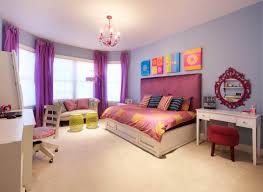 Bedroom Mesmerizing Tween Bedroom Decor With Bay Window Seats