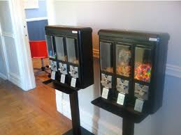 Dog Treat Vending Machine Simple N Keeping With Its Ethos Conjunctured Offers Vending Machines That