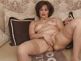 Mature Women Solo Fingering