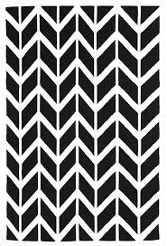 umeå black  white chevron arrow wool rug