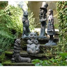 wonderland garden sculpture