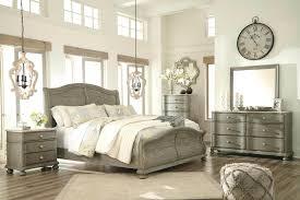 Palladian White Wash Bedroom Set