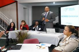 mayor richard thomas and the mount vernon chamber of commerce partnered for april s mount vernon small business round table seminar